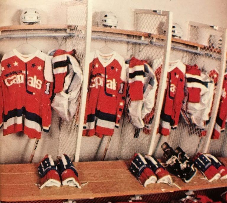 Washington Capitals 1974-75 jerseys