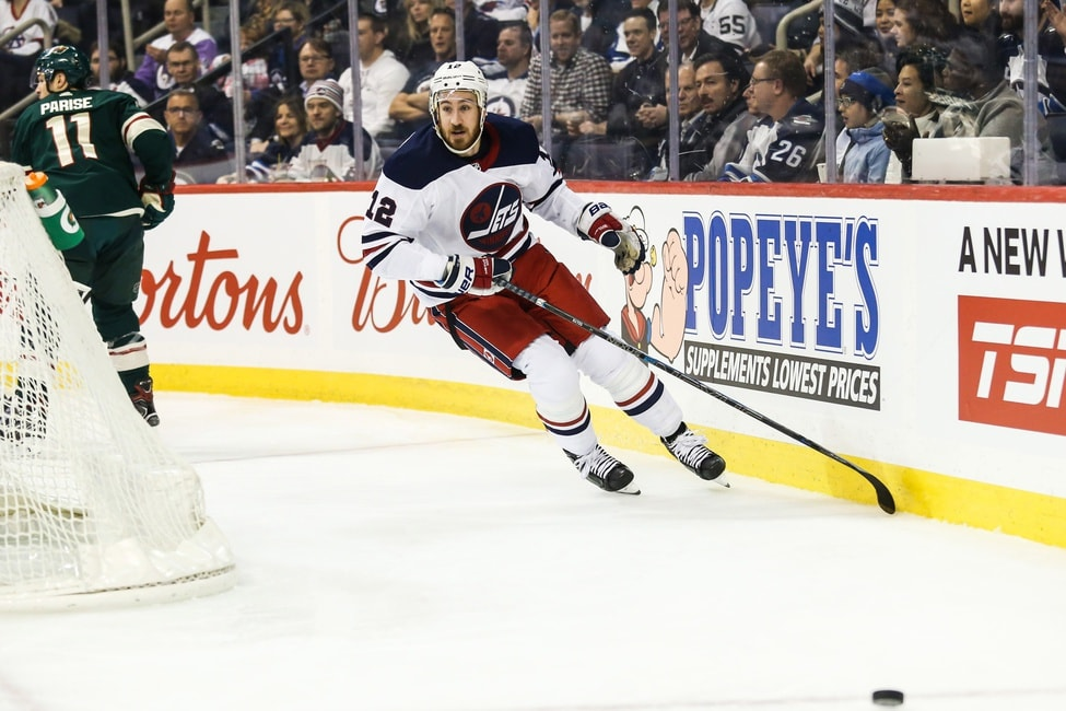 buy popular 6537e 61fc0 Kevin Hayes Hayes Signs Extension With Philadelphia Flyers