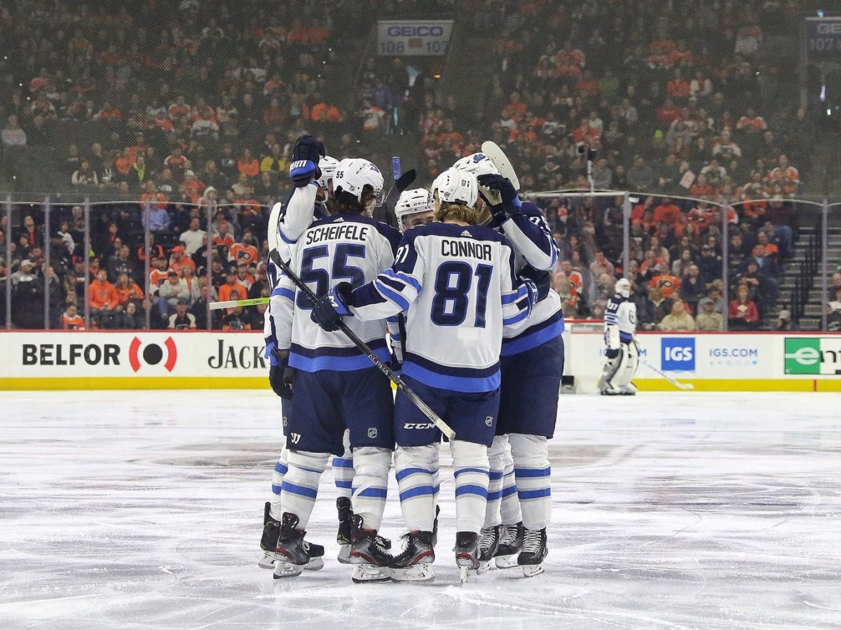 Winnipeg Jets celebrate
