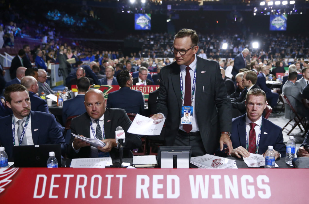 Steve Yzerman and Kris Draper of the Detroit Red Wings
