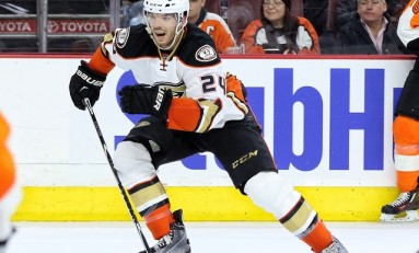 Despres Head Injury, Wolski Breaks Neck, Dylan Strome Scratched & More News