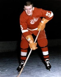 Doug Barkley went to Red Wings in deal that sent McKenzie to Black Hawks.