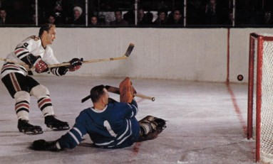 50 Years Ago in Hockey: Bobby Hull Stretches Scoring Lead
