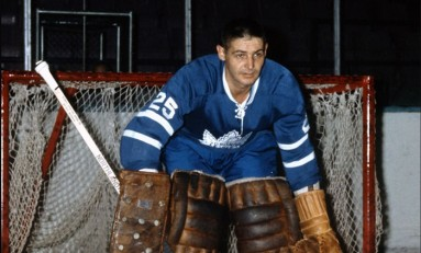 50 Years Ago in Hockey: Leafs Unbeaten in Seven, Down Hawks