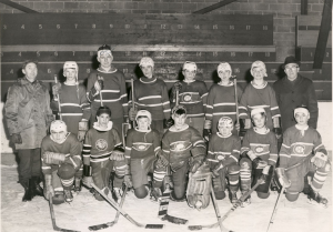 U of T prof says minor hockey player are under too much pressure.