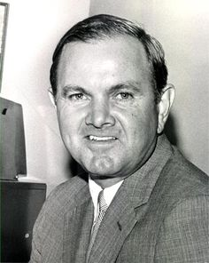 Ralph Wilson would move to California if awarded an LA franchise.