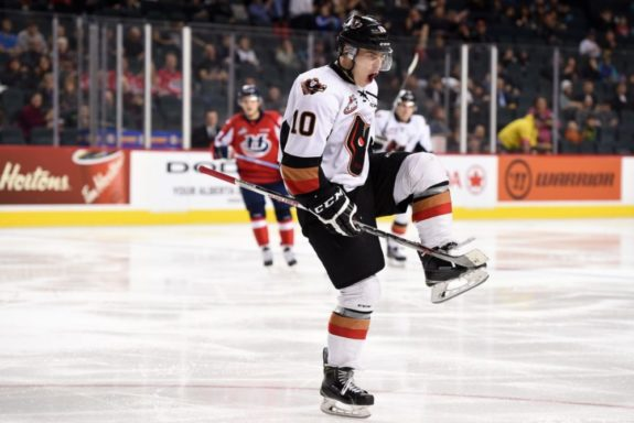 Jakob Stukel of the Calgary Hitmen