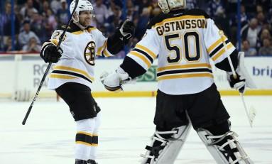 Bruins Re-Sign Defenseman John-Michael Liles