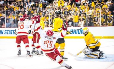 5 Reasons to Watch College Hockey
