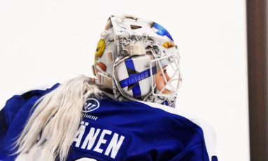 Meeri Räisänen Becomes First Finnish NWHLer