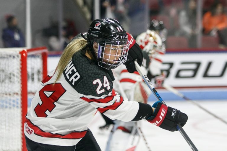 Natalie Spooner Team Canada