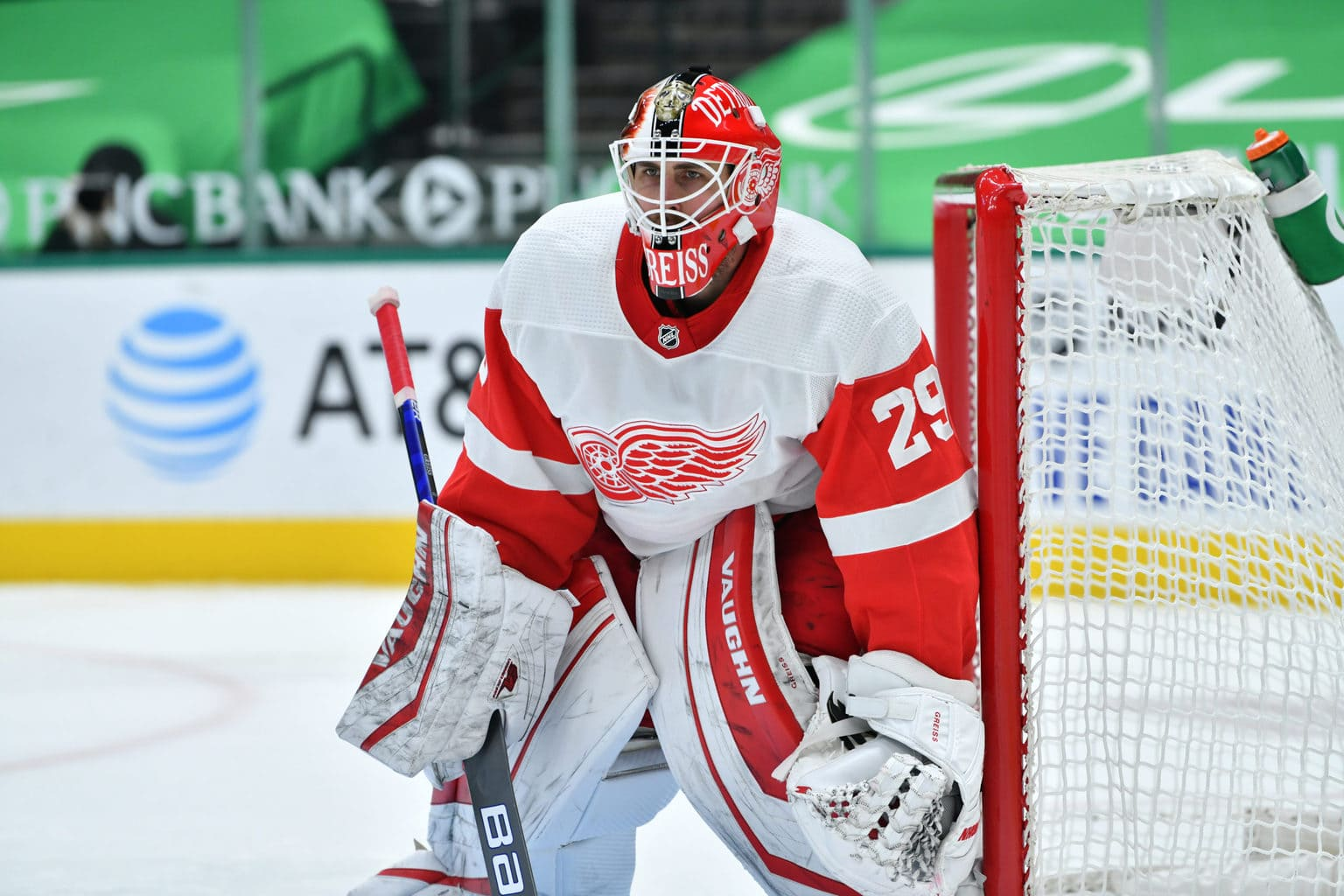 Red Wings' Greiss Quickly Becoming Top Option in Net